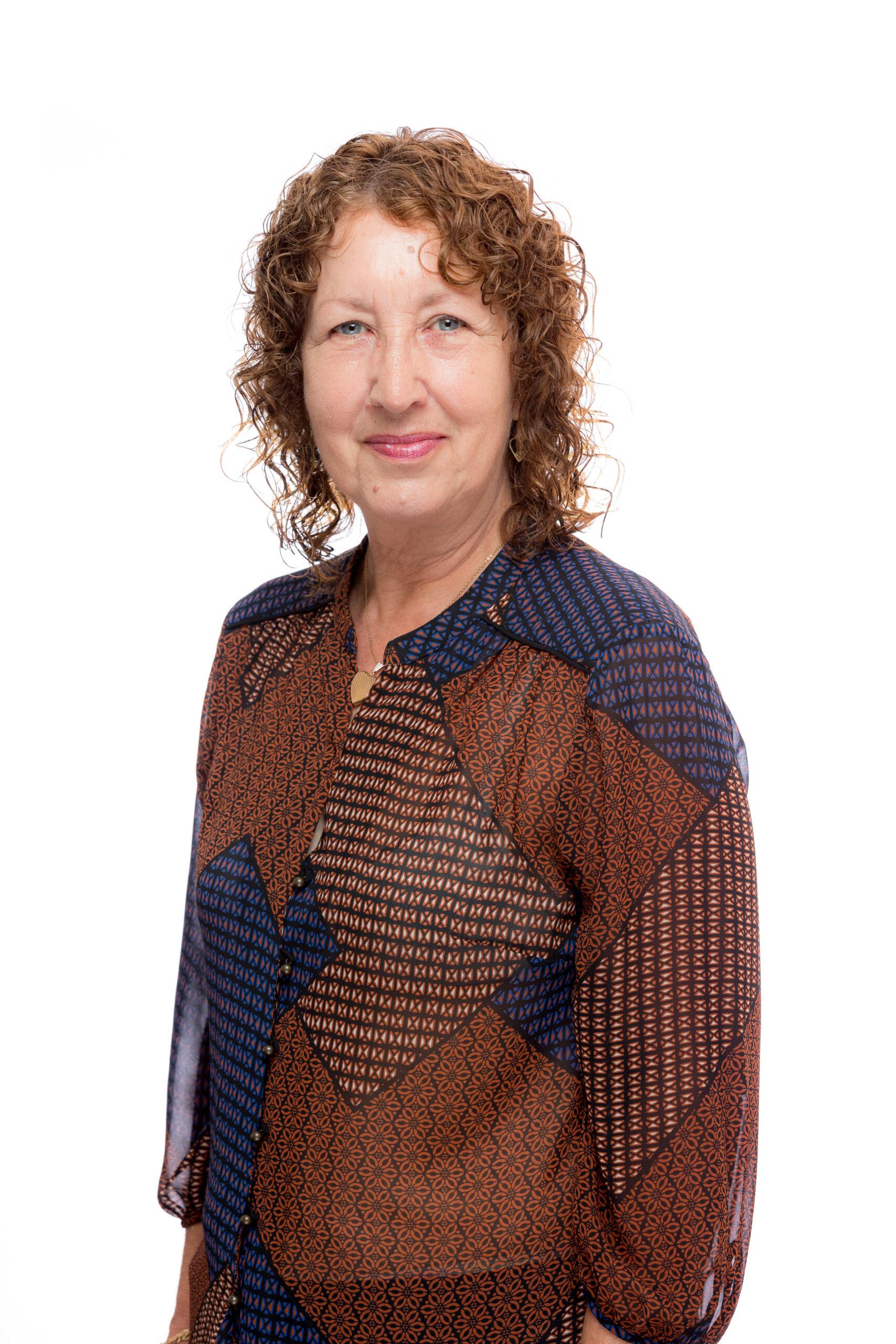 Mrs S Wilkins